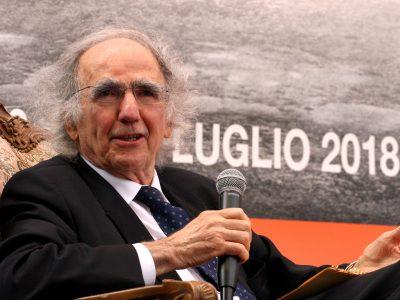 """Vittorino Andreoli, """"Relazioni ci fanno vivere meglio"""""""